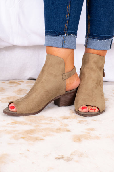 shoes, boots, booties, black heel, small heel, open toe, ankle buckle strap, taupe brown sole