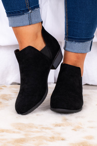 shoes, boots, booties, black, small block heel, black sole
