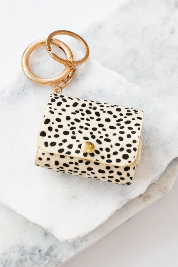 accessories, electronics, white, black, leopard, gold, airpods