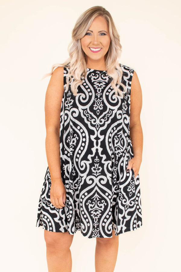 dress, short, sleeveless, pockets, flowy, black, white, victorian print, comfy