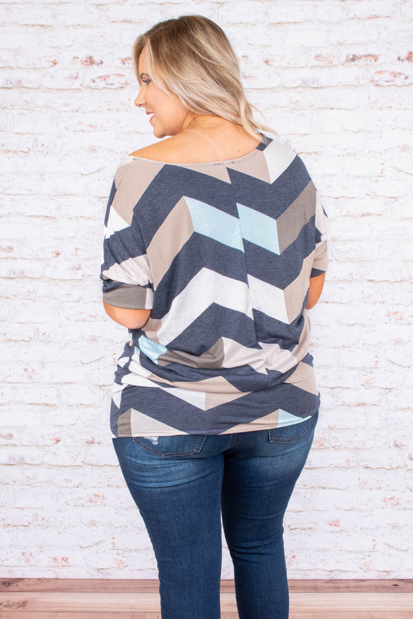 tunic, short sleeve, fitted hem, navy, mint, white, tan, brown, chevron, comfy