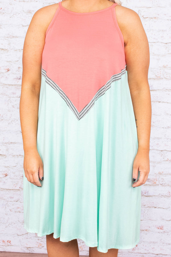 Handling Business Dress, Coral-Mint