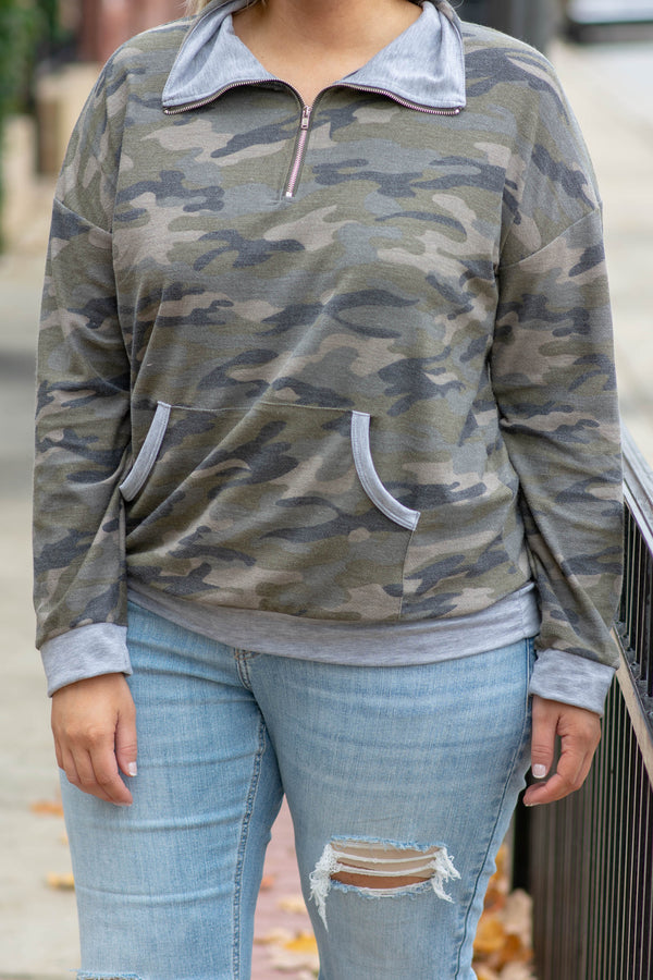 quarter zip, pullover, grey details, pockets, camo, camouflage, long sleeve