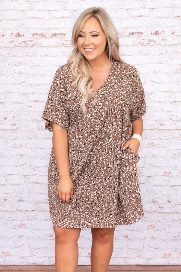 taupe, dress, pockets, print, short sleeve, flowy, comfy, short, above the knee, figure flattering