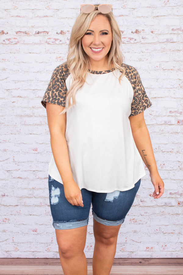 shirt, short sleeve, curved hem, loose, white, leopard sleeves. brown, gray, comfy