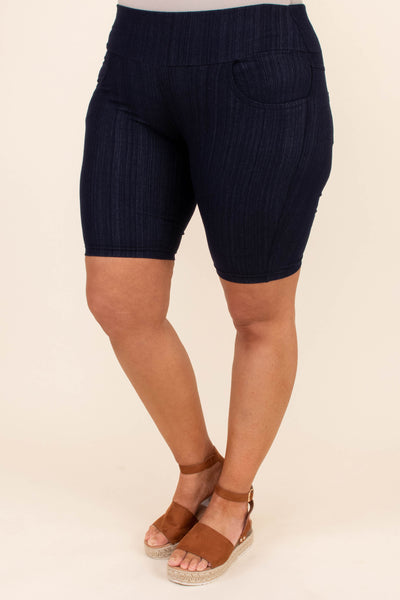 shorts, above knee, fitted, navy, elastic waist
