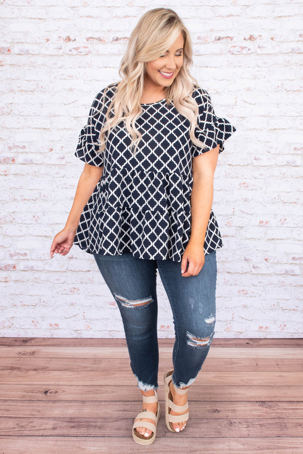 shirt, short sleeve, ruffle sleeves, babydoll, tiered, short, flowy, navy, damask print, white, comfy