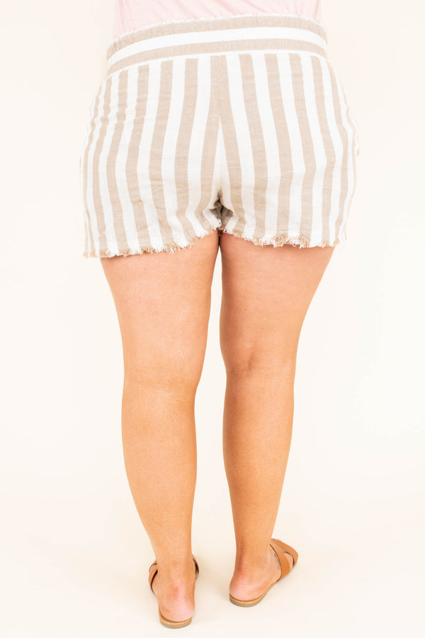 Mix It Up Shorts, Latte