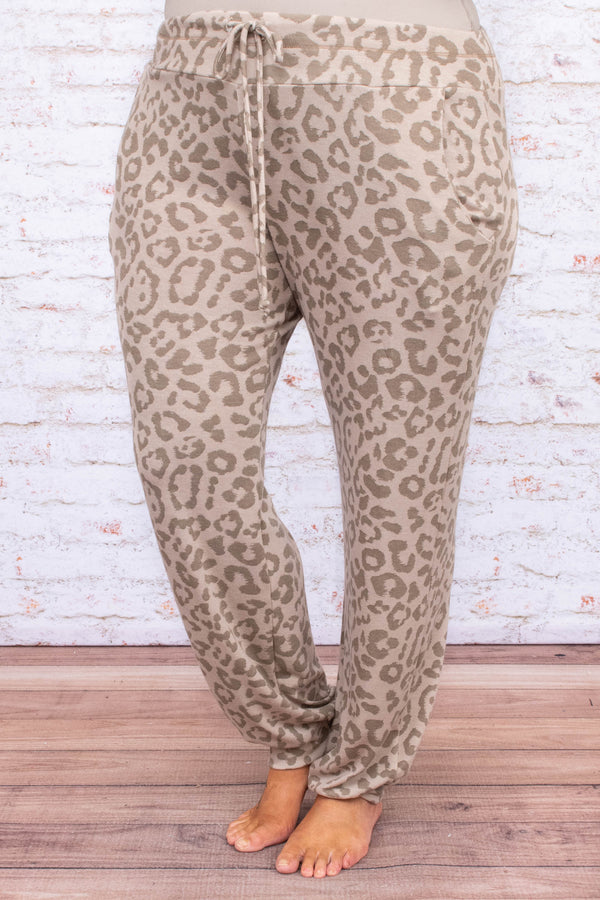 pants, loungewear, fitted ankles, loose, pockets, drawstring waist, sand, leopard, comfy