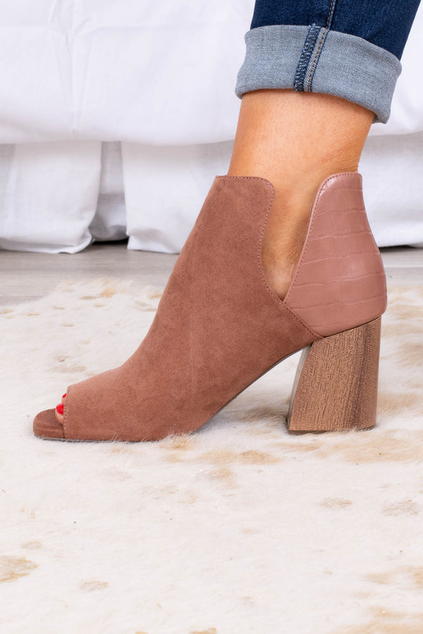 neutral, peep toe, block heel, open tow, animal skin,