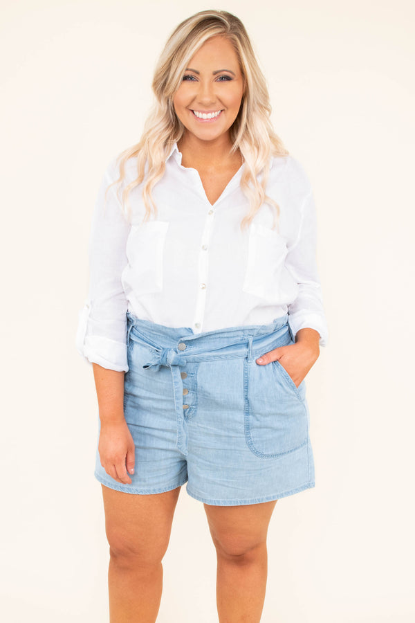 blouse, three quarter sleeve, button down, vneck, collared, front pockets, white, solid, thin