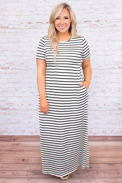 dress, maxi, short sleeve, fitted top, loose skirt, pockets, white, black, striped, comfy