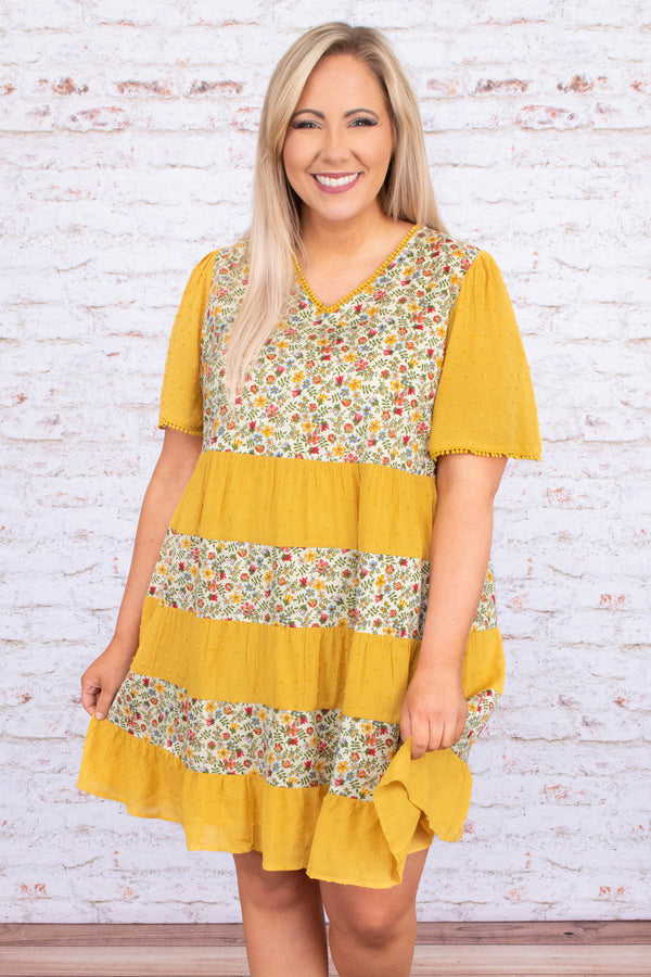 dress, short, short sleeve, vneck, babydoll, tiered, flowy, mustard, floral, white, red, green, colorblock, comfy, spring, summer