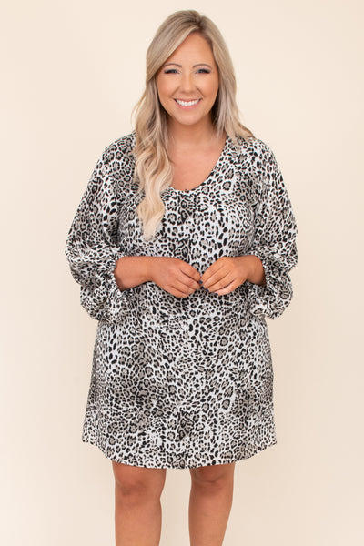 dress, printed, balloon sleeves, short, above the knee, round neck, black, flowy, figure flattering