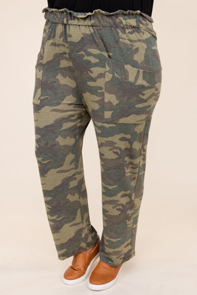 lounge, pants, sweatpants, comfy, bottoms, green, camo, camoflauge, three quarter, pocket