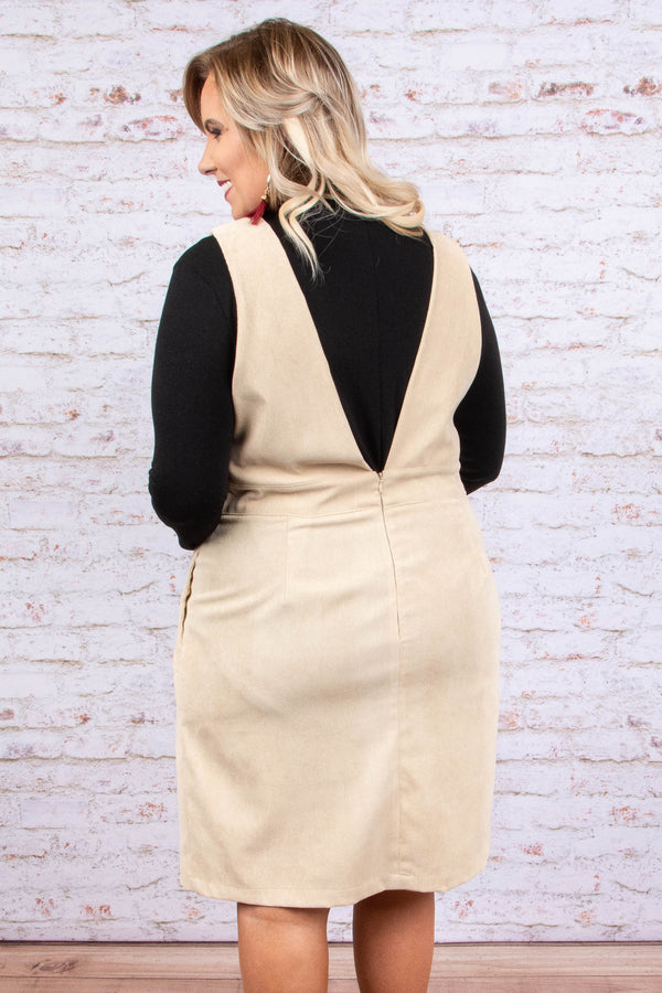 jumper, short, sleeveless, deep vneck, pockets, v back, loose, beige, comfy
