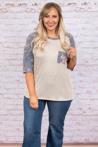 top, three quarter sleeve, oatmeal, navy sleeve, floral, pocket