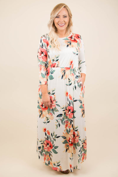 In The Flowers Dress, Ivory