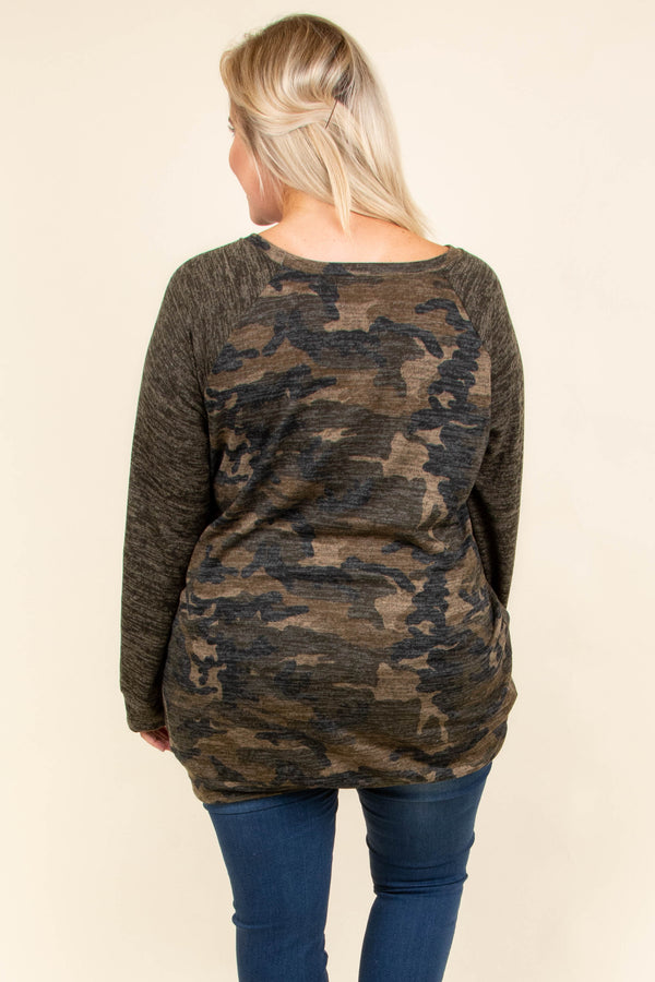 top, casual top, green, camo, camoflauge, long sleeve, comfy, casual, winter