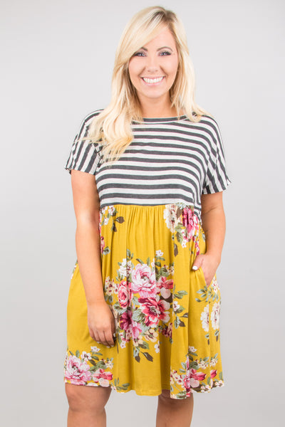 Stay Smiling Dress, Gray-Mustard