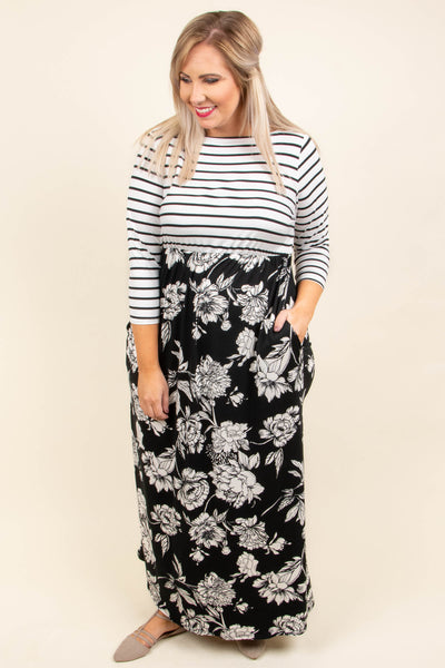 Make A Point Maxi Dress, Black
