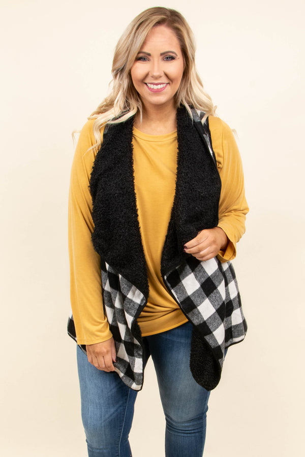 vest, long, asymmetrical hem, fuzzy lining, black, white, plaid, comfy, outerwear, fall, winter