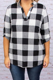 shirt, three quarter sleeves, buttoned cuffs, curved hem, vneck, white, black, plaid, comfy