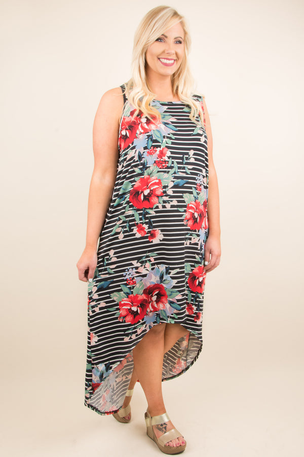 Deserves A Moment Maxi Dress, Black