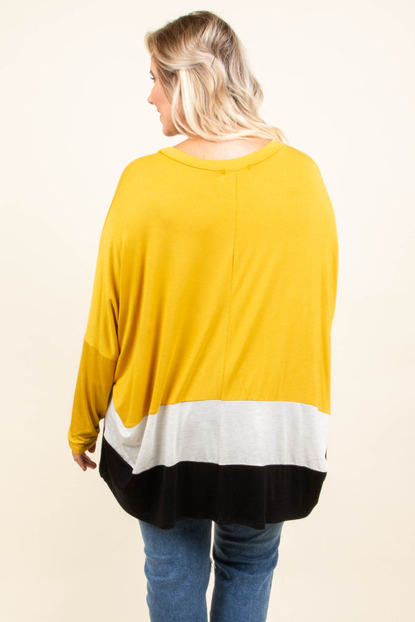 top, casual, yellow, white, black, long sleeve, comfy, fall, winter
