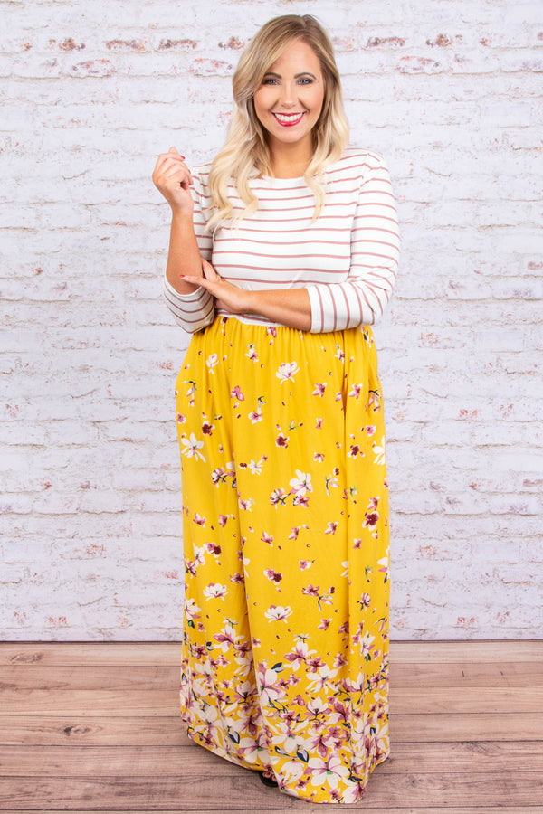 Good Decisions Maxi Dress, Mustard