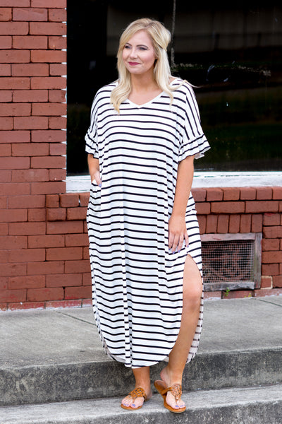 Dive Into Summer Maxi Dress, Ivory-Black