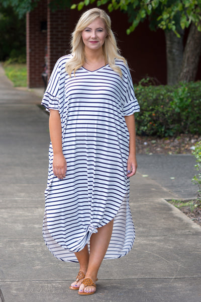 Dive Into Summer Maxi Dress, Ivory-Navy