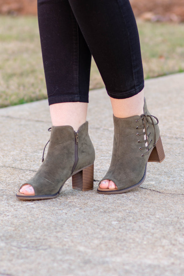 Top Of The World Booties, Olive