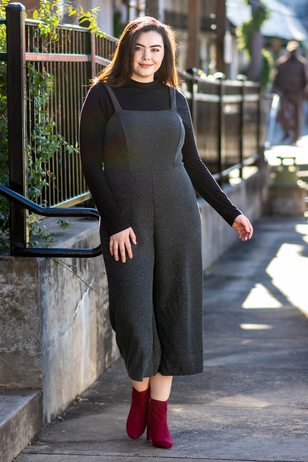 jumpsuit, dark gray, cropped, tank top
