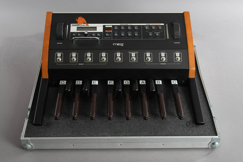 Moog Taurus III With Flight Case