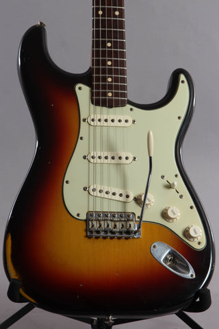 2004 Fender Custom Shop '61 Reissue Relic Stratocaster Sunburst