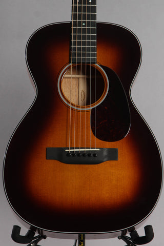 2014 Martin Custom Shop 0-18 14-Fret Acoustic Guitar Sunburst Adirondack Spruce