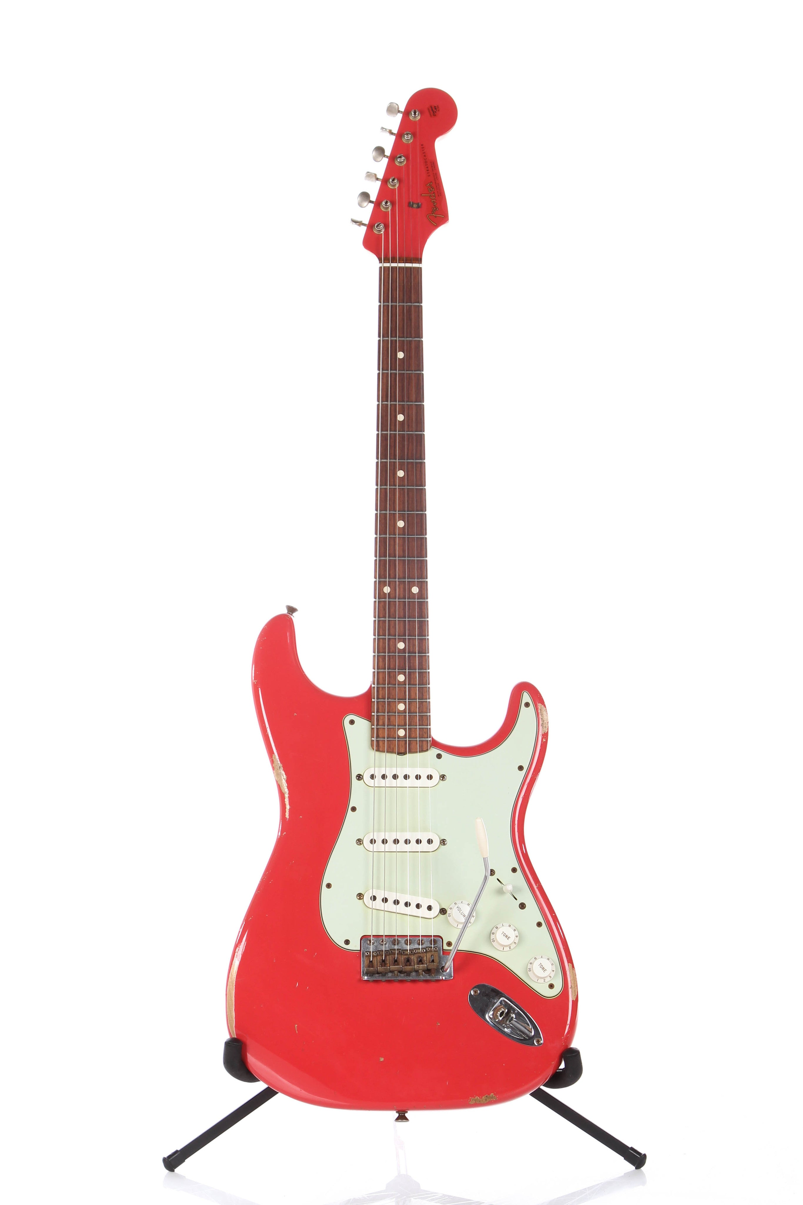2014 fender custom shop 1960 relic stratocaster fiesta red matching he guitar chimp. Black Bedroom Furniture Sets. Home Design Ideas