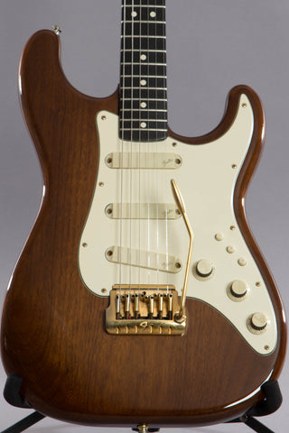 1983 Fender Elite Stratocaster Walnut