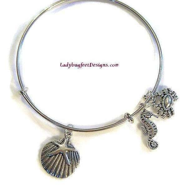 Ladybugfeet Jewelry Designs:BEACH III Seahorse, Seashell, Crab Adjustable Wire charm bangle