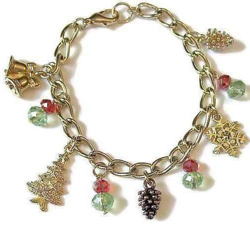 Ladybugfeet Jewelry Designs:Christmas bracelet