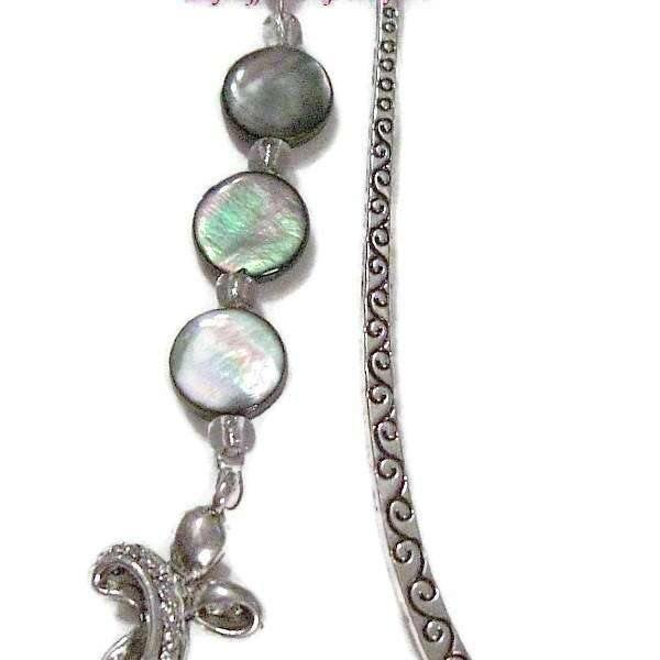 Ladybugfeet Jewelry Designs:Crystal Cross bookmark
