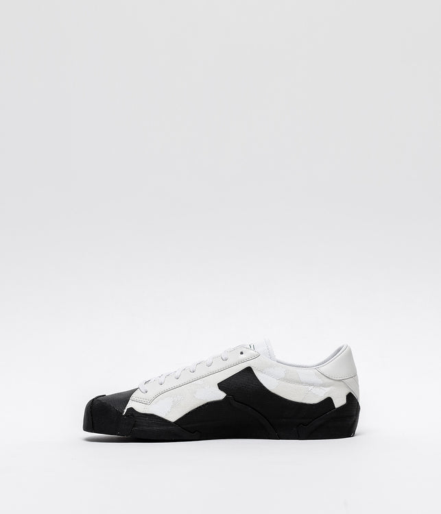 White Takusan Low Sneakers