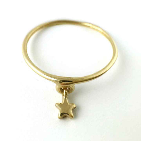 7  Star Ring in Gold