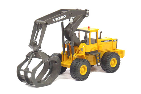 Volvo L180C Log Grapple