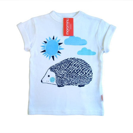 Moromini t-shirt. Hand-screen printed in Sweden by the creator of Moromini, Sofia Lindeberg. Organic cotton t-shirt with a cute, unique hedgehog print.