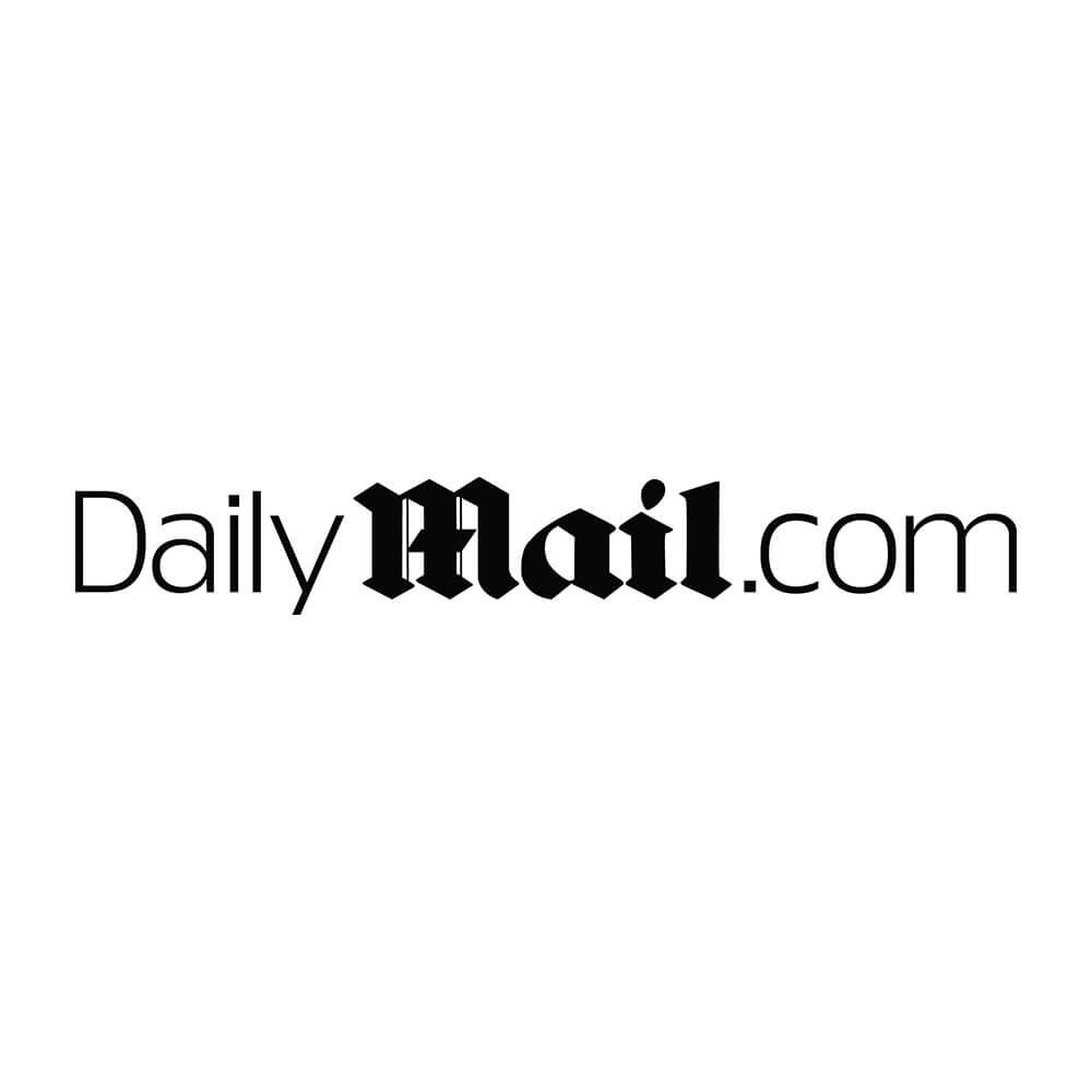Daily Mail Logo - yubari - family school fureai