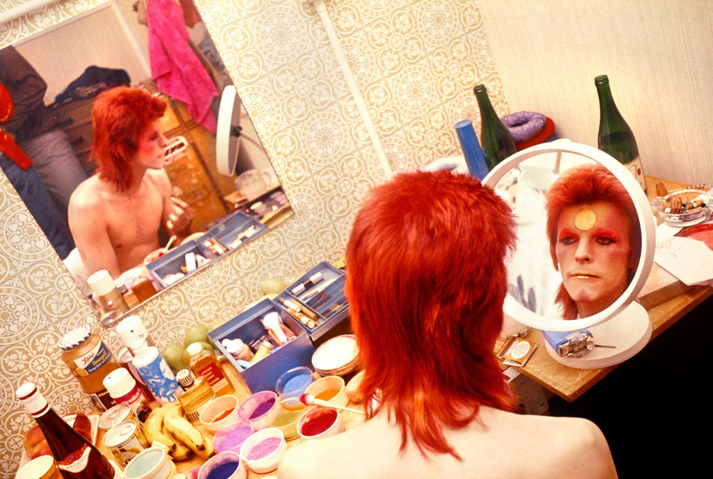 David Bowie, Make Up, Circle Mirror, Scotland, 1973, Mick Rock, photography, art gallery, bowie, fine art, gift shop, Los Angeles, La Maison Rebelle, fine art photography, signed, limited edition