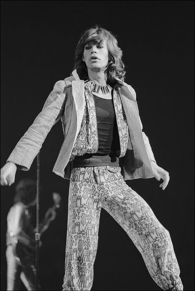 Mick Jagger performs at a Rolling Stones concert in NYC June 1975. LA MAISON REBELLE