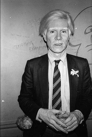Andy Warhol at the Mudd Club, 1979. By Allan Tannenbaum. LA MAISON REBELLE